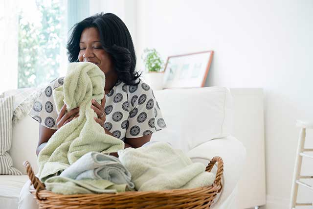 8-Ways-to-Keep-Your-Laundry-Fresh-and-Soft-Longer